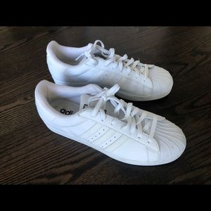 Adidas - like new - superstar.  size 11